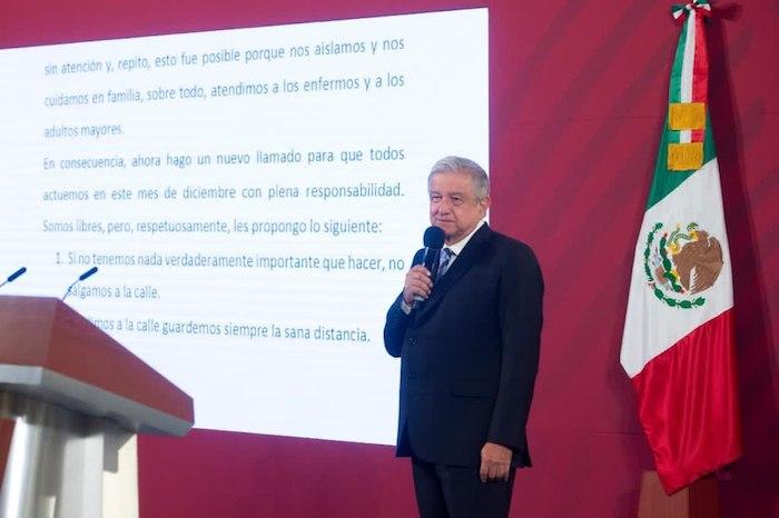 """Andrés Manuel López Obrador señaló que le """"consta que el pueblo de México es responsable, educado y consciente""""."""
