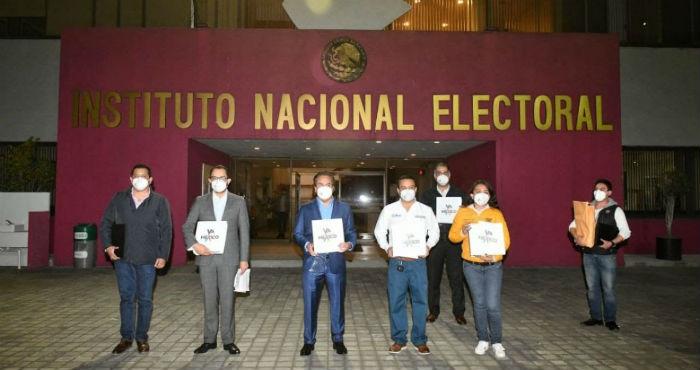 Registro de la coalición Va por México.