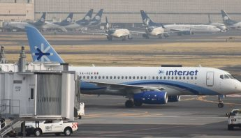 interjet-avion-estacionado
