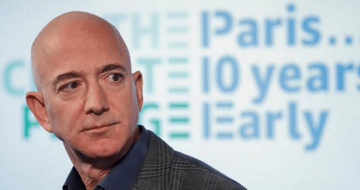 Fotografía del 19 de septiembre de 2019, el director general de Amazon, Jeff Bezos, habla durante una conferencia de prensa en Washington.