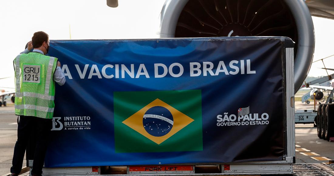 """se 2512 10 - Brasil autoriza la """"importación excepcional"""" de 2 millones de vacunas contra COVID de Oxford"""
