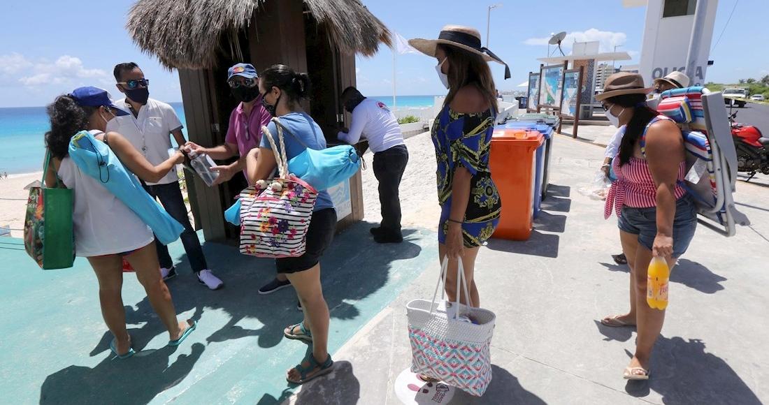 turistas caribe mexicano - México prevé arribó de 9.22 millones de turistas y mil 60 mdd en divisas en invierno del 2021