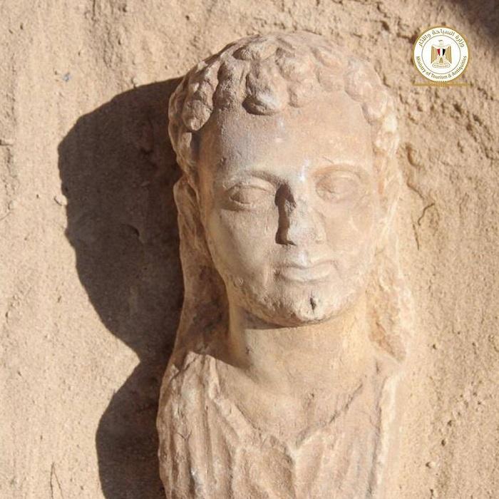 60165dbfe9ff712b110c7d44 - FOTOS: Expertos hallan 16 pozos funerarios de época grecorromana en templo de Taposiris Magna, en Egipto