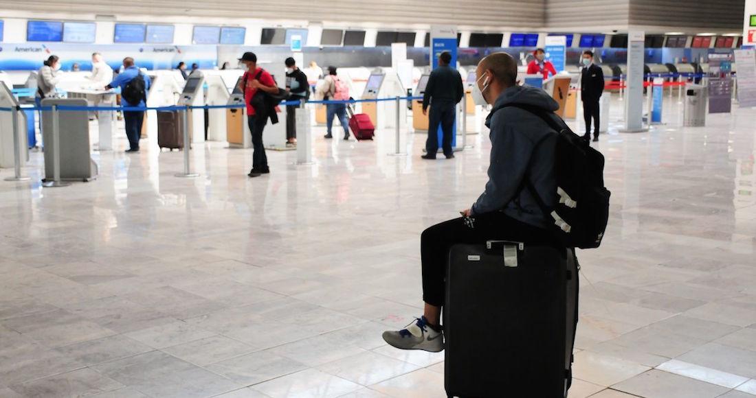 aeropuerto - El cese de vuelos de Canadá podría causar pérdidas de 782 millones de dólares a México: Sectur