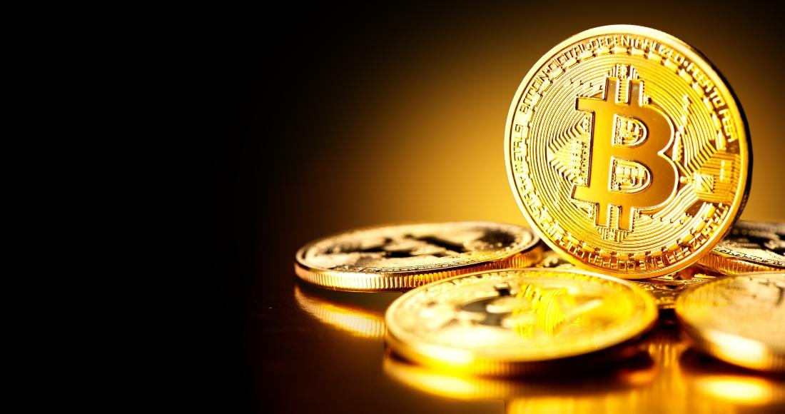 bitcpin monedas oro - Imparable: El bitcoin ya supera los 38 mil 500 dólares y se apunta un nuevo máximo histórico