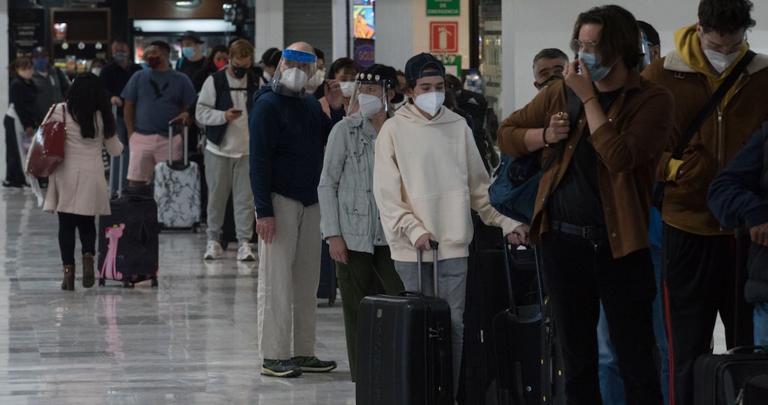 covid 7 - El paciente con nueva variante de SARS-CoV-2 está intubado: Salud; llegó a México desde Ámsterdam
