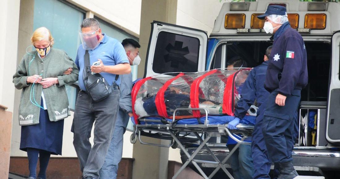 covid 8 - El golpeado sistema de salud, sea público o privado, le da servicio a 7 de cada 10 mexicanos. El resto...