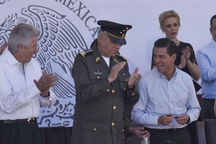 Enrique Peña Nieto, expresidente de México, y Salvador Cienfuegos, exsecretario de la Defensa.