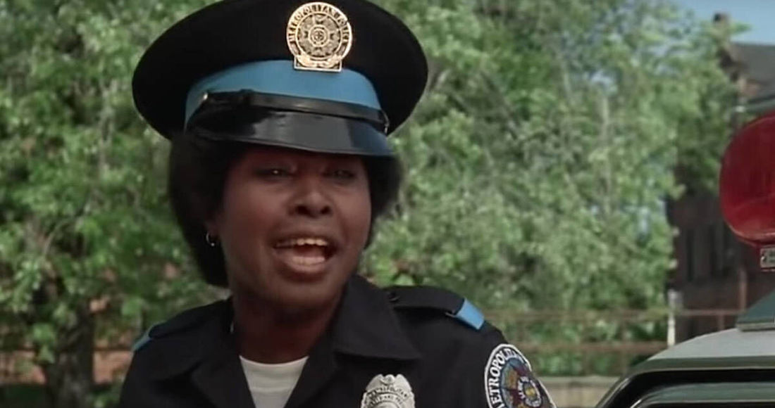 marion ramsey loca academia policia - John Reilly, actor de series como Hospital General y Dallas, fallece a los 84 años de edad