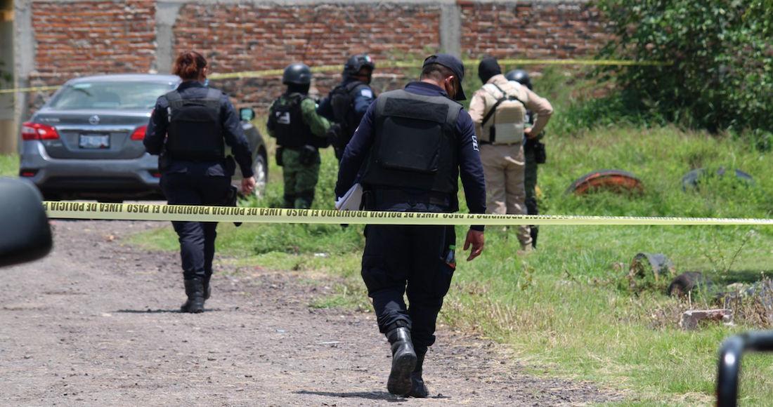 policias - La violencia no para en Guanajuato: Tres adultos y un bebé son asesinados en una casa de Celaya