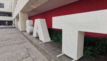 SAT-letras-edificio