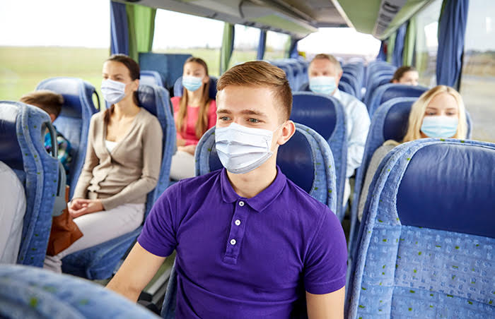 viajecarretera - Pruebas COVID, cubrebocas y gel antibacterial... ¿Cómo han cambiado los viajes por la pandemia?