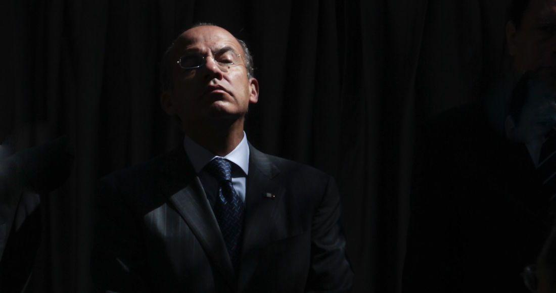 calderon - Calderón es denunciado ante la FGR por traición a la patria y financiamiento al terrorismo
