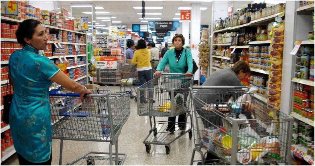 consumidores - El Inegi estima que la actividad económica cayó 4% en febrero, comparada con el año pasado