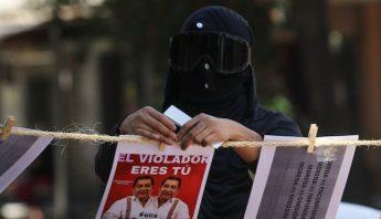 Protesta feminista contra Felix Salgado