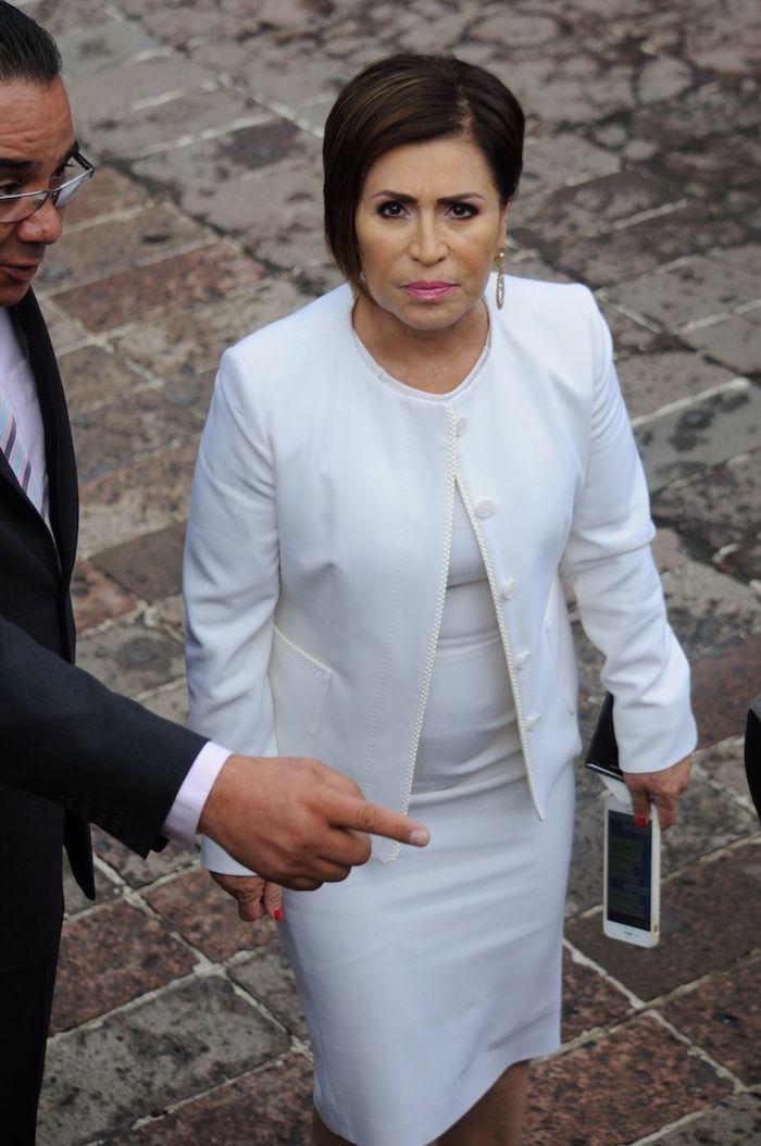 Rosario Robles asistió a la ceremonia del 171 aniversario de la gesta heroica de los Niños Héroes de Chapultepec y la explanada del altar a la patria.