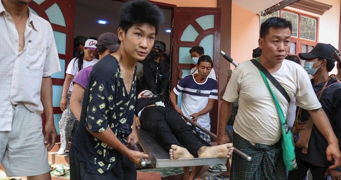 5a466377d382c13d905d512d9eae1d685d548fc1 1 - Soldados de Myanmar disparan contra asistentes al funeral de un joven fallecido durante protestas