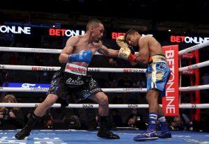 """e0dcf687b90dd560d338ec54d84f9b6cd81573b5 300x207 - El boxeador mexicano """"Gallo"""" Estrada derrota al """"Chocolatito"""" González y gana dos títulos mundiales"""