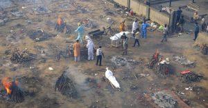 1000 2021 04 22t071848 867 300x157 - Los enfermos mueren en casa, no hay camas, falla el oxígeno: India enfrenta el peor escenario COVID