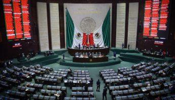 Sesion semipresencial en la Camara de Diputados