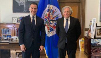 Adrian de la Garza y Luis Almagro en la OEA