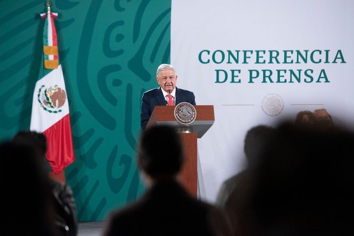 El Presidente Andrés Manuel López Obrador durante su conferencia de prensa diaria en Palacio Nacional.
