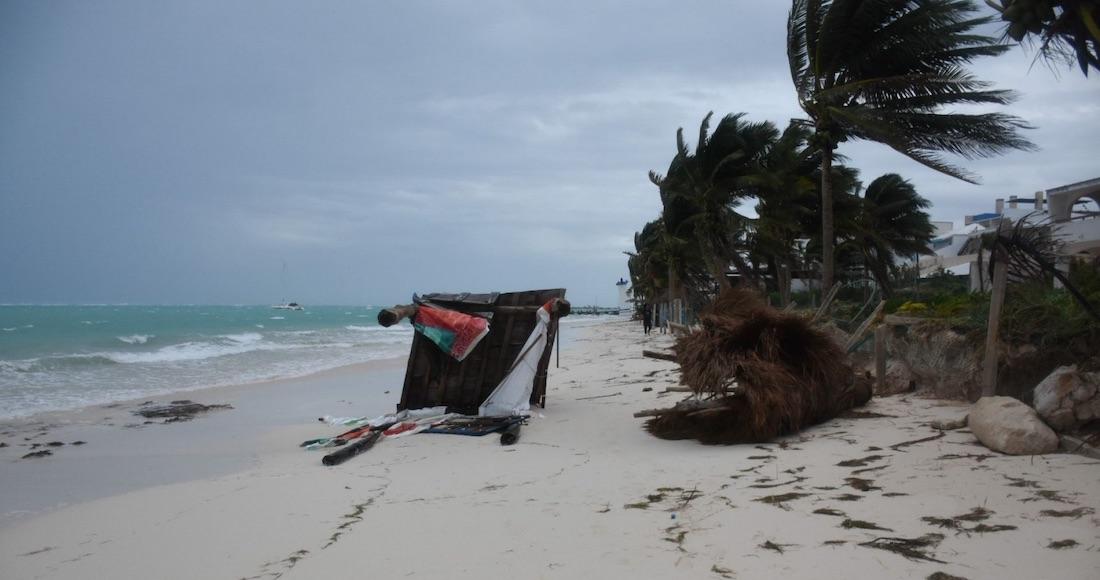 """huracan z - La tormenta tropical """"Blanca"""" se aleja de las costas mexicanas"""