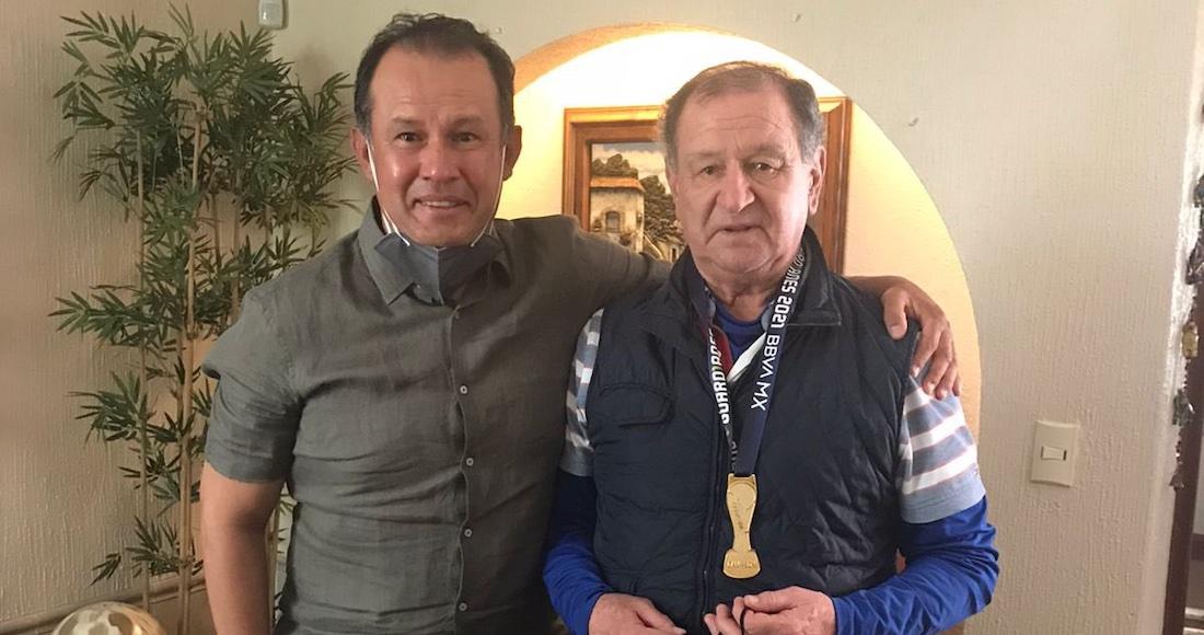 juan reynoso - Sheinbaum recibe en el Antiguo Palacio del Ayuntamiento al campeón Cruz Azul