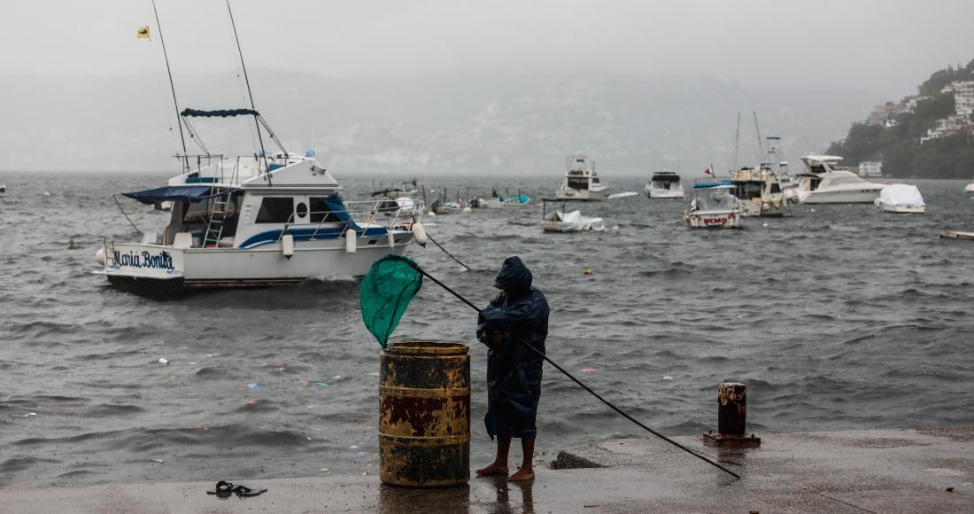 """tormenta enrique efe - El huracán """"Enrique"""" provoca estragos en costas mexicanas"""