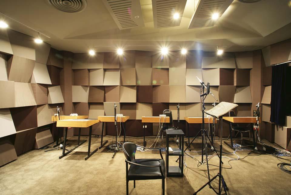SoundProofRecordingStudio  Nonwarping patented honeycomb panels and door cores
