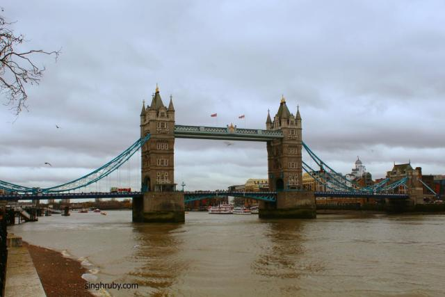 London Tower Bridge Complete