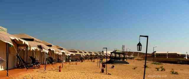 Tents with sea view at Festa De Diu