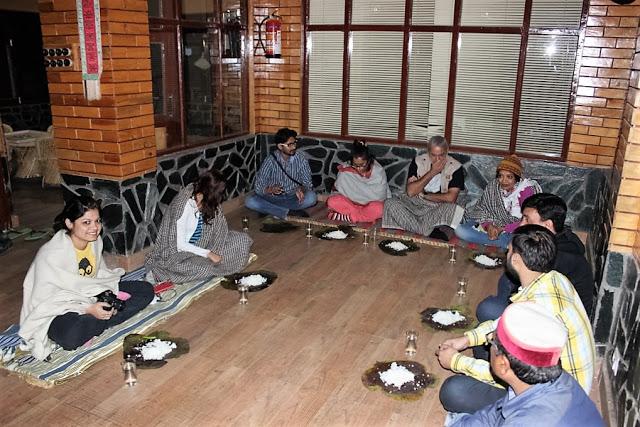 Enjoying the Kangra Dhaam. Picture Credit: Anil Yadav (http://climber-explorer.blogspot.in/)
