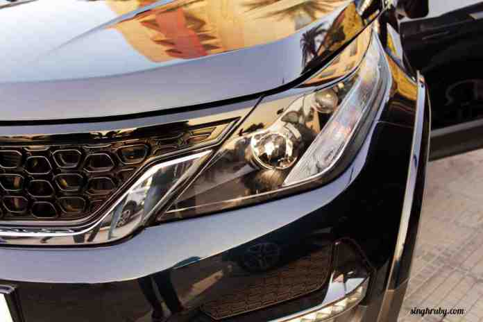closer-look-at-the-front-of-tata-hexa