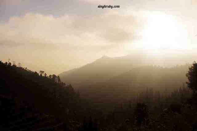 sunrise-at-dhanaulti