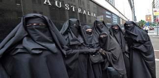 australian-parliament-house-burqa-ban