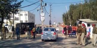 ashutosh-dera-barricade