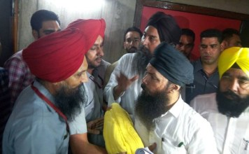turbans tossed aap mla punjab assembly
