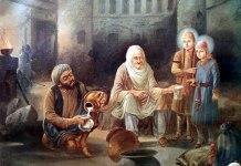 Moti-Mehra-pouring-milk-for-the-tender-sons-of-Guru-Gobind-S[1]
