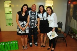 Running host, Boy Ramos with AMWAY executives.