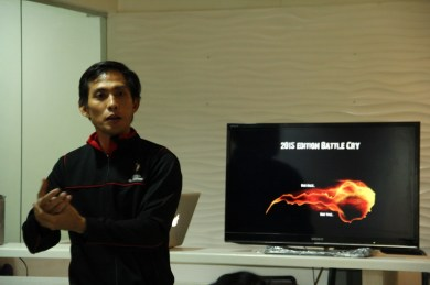 Race director, Edward Kho, discusses to bloggers and runners the upcoming CM and CIHM race on January 2015.