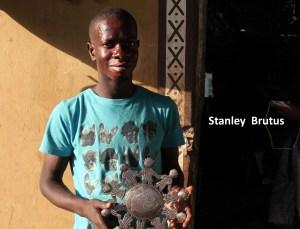 Buy Children of the world christmas ornament, Haiti, online
