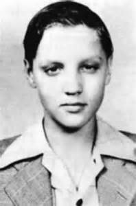 Elvis when he was 13 years old