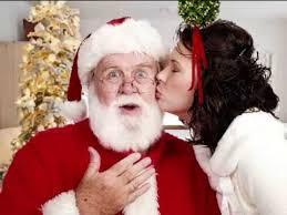 kissing-santa