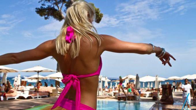 single-beach-club-urlaub