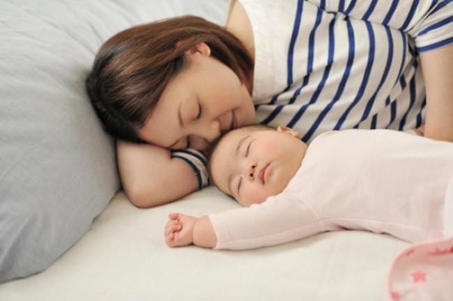 Mẹ đơn thân vẫn nuôi con tốt dù có một mình