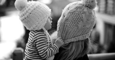 con la sự gắn kết của gia đình