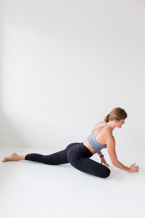 Bài tập yoga tại nhà buổi sáng khởi động cơ thể không gì tuyệt hơn