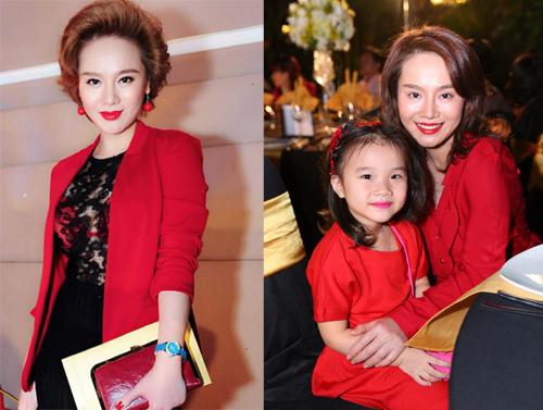 Thu Phượng và con gái (phải) được khen mặc đẹp trong đám cưới của Dustin Nguyễn và Bebe Phạm.