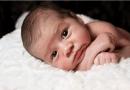 Nhìn bộ phận này trên cơ thể trẻ sơ sinh để biết tình trạng sức khỏe của bé